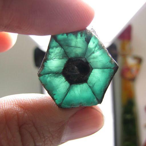 Emerald trapiche in Albagems & Cia.