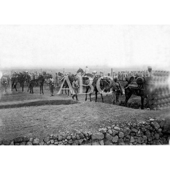 LA IMPEDIMENTA DE UN BATALLÓN A SU LLEGADA AL ZOCO EL-ARBA: 09/1909Descarga y compra fotografías históricas en | abcfoto.abc.es