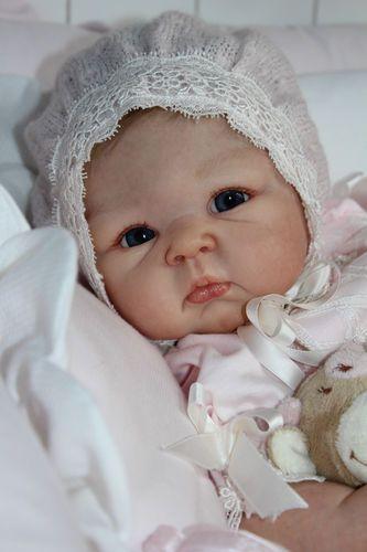 Cheza Baby Nursery Reborn Fake Baby Girl doll Paris Adrie StoeteARTIST OF THE YEAR 2010 + 2011 - IIORA