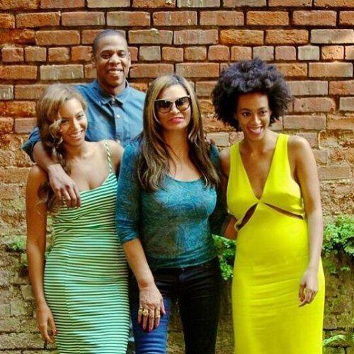 Pin for Later: Was für ein Fahrstuhlstreit? Beyoncé, Jay Z und Solange ganz harmonisch