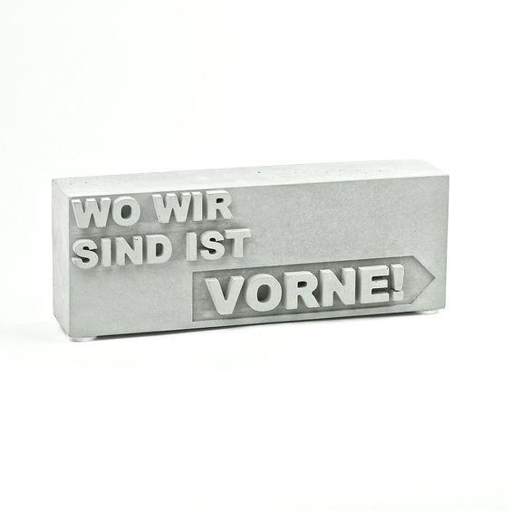 """Bürodekoration, tolles Geschenk für den Chef: """"WO WIR SIND IST VORNE!"""", Skulptur"""