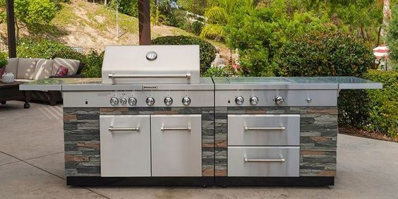 Kitchenaid Stone Island 9 Burner Grill Outdoor Kitchen Outdoor Kitchen Countertops Patio Kitchen