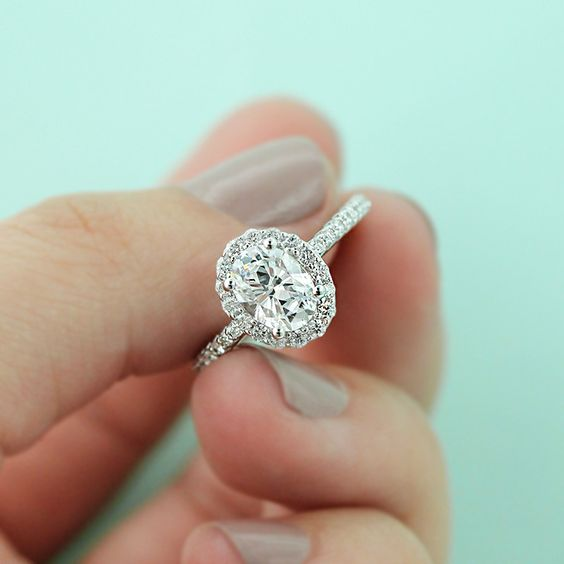 Engagement rings Oval cut engagement rings and Selena on Pinterest