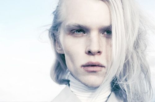 Pin By Ellie On Midnighter And Apollo Albino Men Long Hair Styles Long White Hair