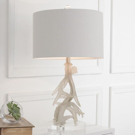 Antlers Table Lamps And Candelabra On Pinterest