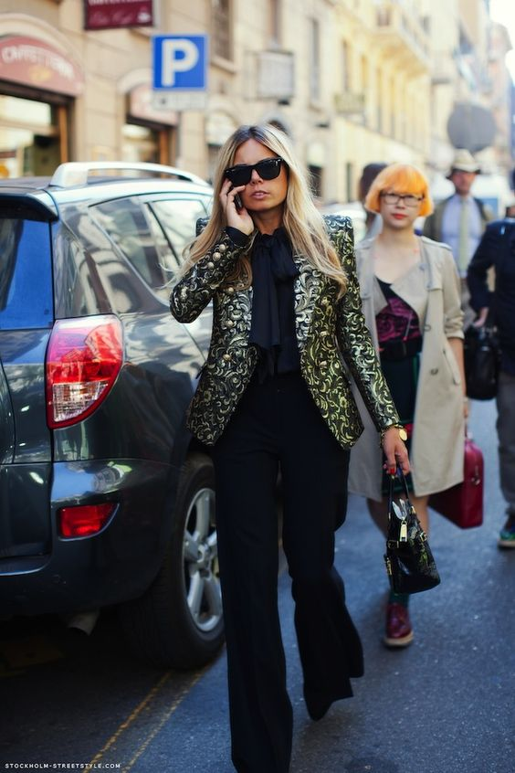 Chique Chix   Fashionable: Erica Pelosini