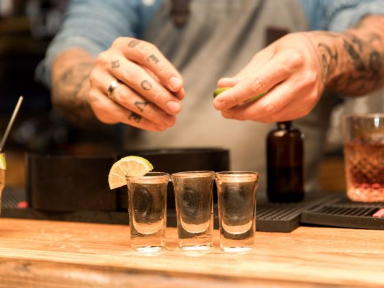 10 Commandments Of Being A Bartender Bartender 10 Things Animal Party