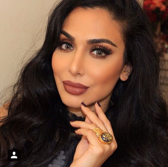 "persephonetheteenagewitch: ""Okay but like, Huda Kattan is so beautiful. She looks like a cross between Kim K and Angelina Jolie. Also, can we appreciate an Arab (Iraqi) beauty blogger? """