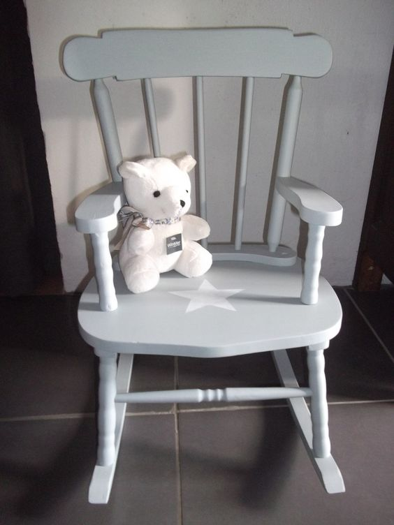 fauteuil rocking chair en bois patine gris bleu avec etoile pour enfant chaises bascule. Black Bedroom Furniture Sets. Home Design Ideas