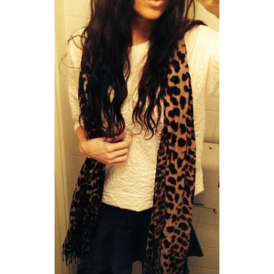 flirty skirt + leopard scarf
