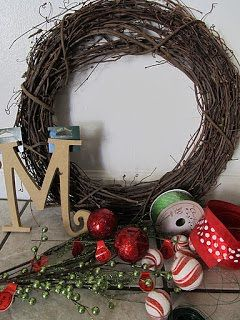 Christmas Wreath - Grits & Giggles ~ Sugar Bee Crafts