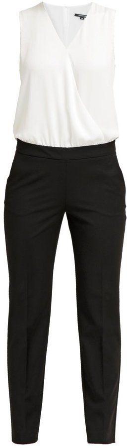 Pin for Later: Die 45 schönsten Kleider (& 5 coole Jumpsuits) für den besten Abiball aller Zeiten  Comma schwarz/weißer Jumpsuit (150 €)
