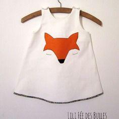 Robe blanche, renard moderne et liberty of london petite fille 2 ans