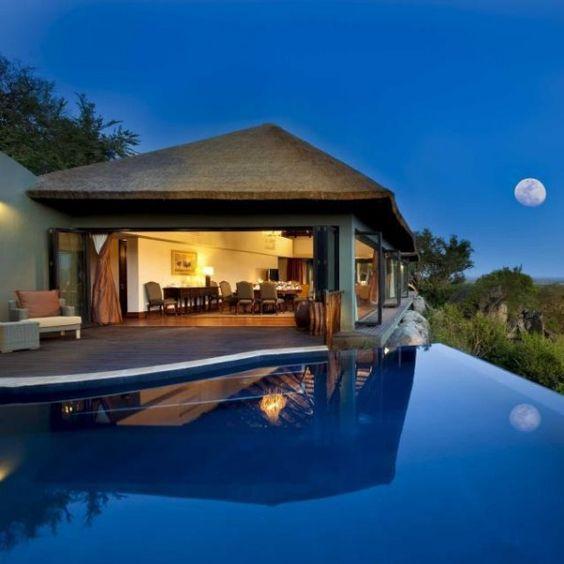 Sabi Sabi Luxury Safari Lodges, South Africa | Most Interesting Places of World