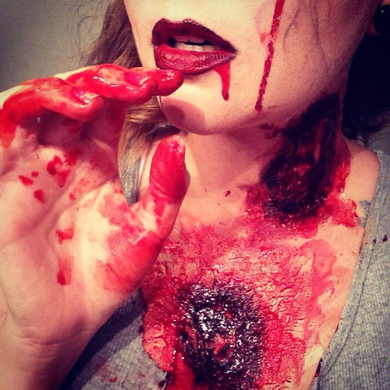 Diy Zombie Bites Toilet Paper Glue Makeup And Fake Blood So Easy Zombie Pinterest