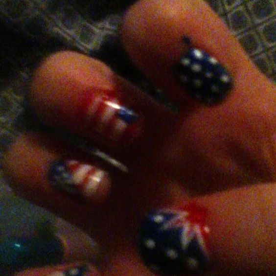 4th of July nails:)