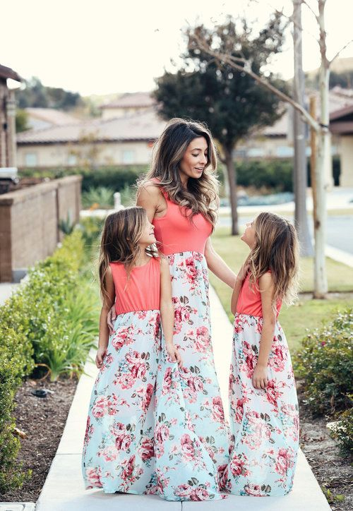 Family Matching Clothes Mother Daughter Baby Beach Dress Floral Party Dresses