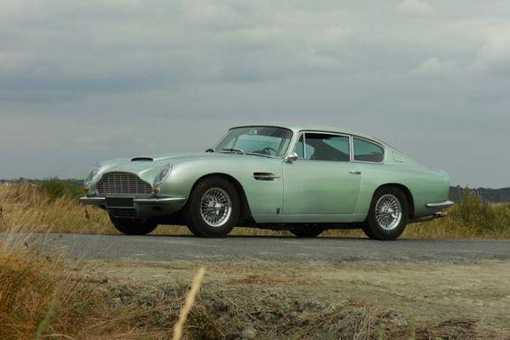 Voitures de stars à saisir à Rétromobile - actualité automobile - Motorlegend Aston Martin DB6 Vantage Coupé 1966