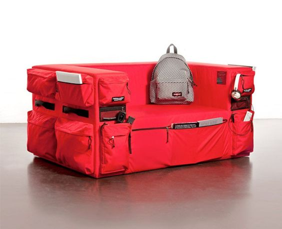 Singulier Eastpak Sofa is perfect for people who love keeping a wide variety of stuff in their house.
