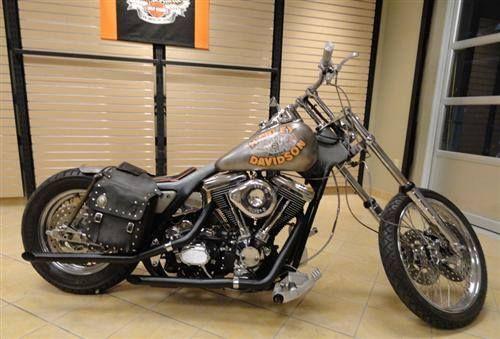 Harley Davidson And The Marlboro Man One Of My Fav Movies And I Love This Bike Marlboro Man Harley Davidson Bikes Harley Bobber