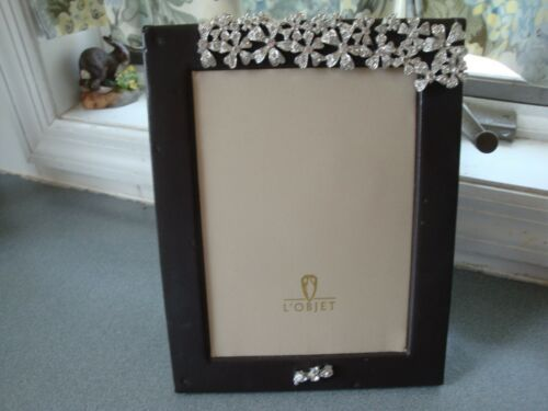 L Objet Black Leather Clear Crystal Flower Stones Photo Picture Size 5 X 7 Ebay In 2020 Picture Frame Mat Photo Frame Gift Oval Picture Frames