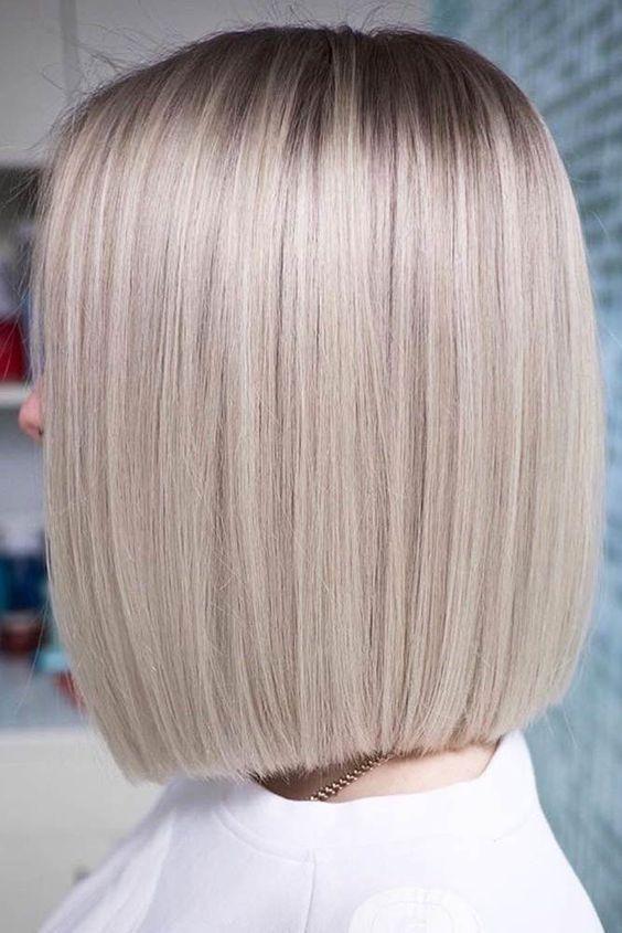 50 Schicke Und Trendige Straight Bob Haarschnitte Und Farben Die Besonders Auss 50 Sch In 2020 Straight Bob Haircut Straight Bob Hairstyles Thick Hair Styles