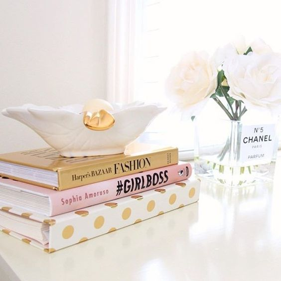 GIVEAWAY ALERT LAST CHANCE We are giving away 5 #KateSpade 2015-2016 Agendas to 5 lucky winners!  you get to choose ANY agenda you want!  Follow the rules below to enter. Winner will be announced Sunday 9/27 8:00 PST UPDATE GIVEAWAY NOW CLOSED!!!!!!! WINNERS HAVE BEEN NOTIFIED VIA EMAIL!!!! Thank you for participating!!!! Rachel George  ships worldwide ✈️