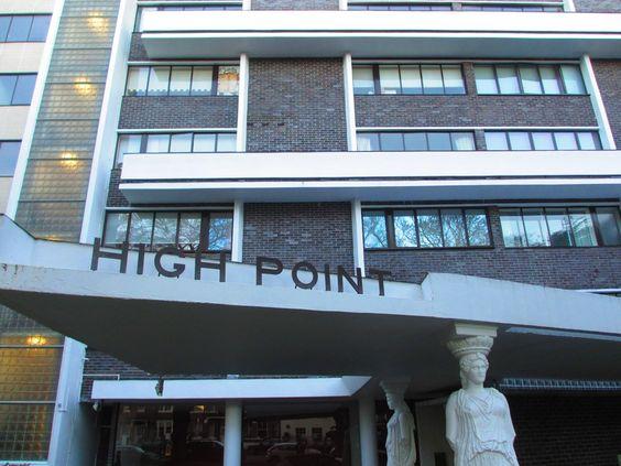 HighpointⅡ / Lubetkin / 1938 / カリアティード