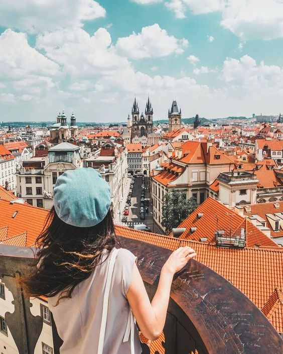 On this article you will find the top Instagrammable places if you are travelling to Prague for the first time!