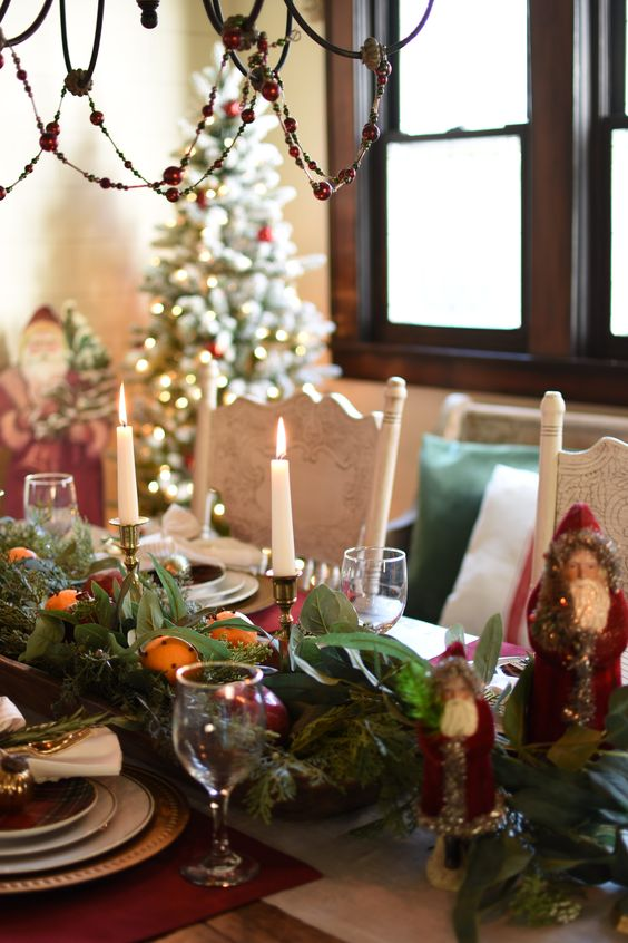 Follow The Yellow Brick Home - A Traditional and Festive Christmas Tablescape – Follow The Yellow Brick Home