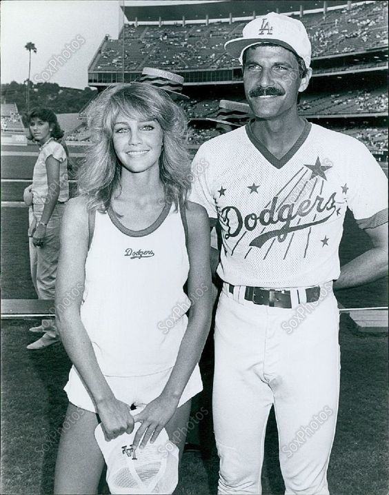 Ca27 1984 Sexy Heather Locklear Dodgers Olympic Gold -5704