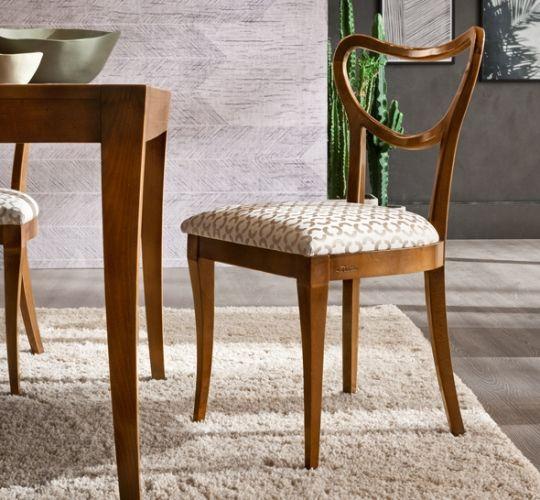 Utilizzando solo materiali di prima qualità ripara o ne. Pin Su Sedute Chairs Classic Collection