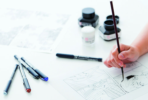 Various Drawing Tools Used By Mangaka Including A Brush Ink And Fine Liner Pens Anime Tutorial Manga Artist Drawings