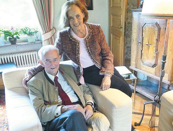 Graf Alois and Gräfin Clarissa von Waldburg zu Zeil und Trauchburg . Neé Gräfin von Schönborn-Wiesentheid