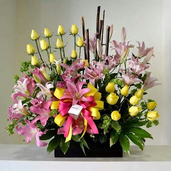 Floral arregnaments