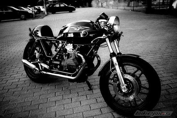 Bartek's 1988 Moto Guzzi