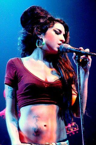 "Amy Winehouse: ""NME awards 2008"" and ""World Music Awards 2008"".."