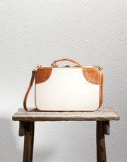 Pull and Bear Linen Box Bag