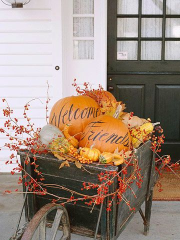 Fall decor for the front porch--adorable:)