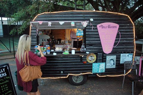 camping cars remorque alimentaire and victorien on pinterest. Black Bedroom Furniture Sets. Home Design Ideas