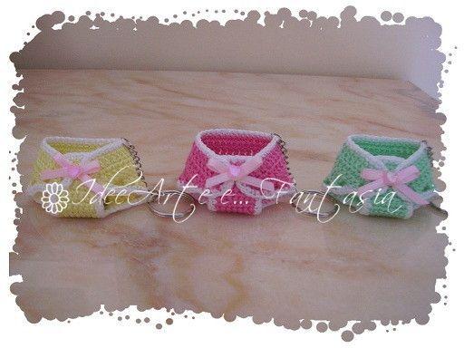 Amigurumi Borsette Uncinetto : Mini-mutandine crochet. Bomboniere nascita/battesimo ...