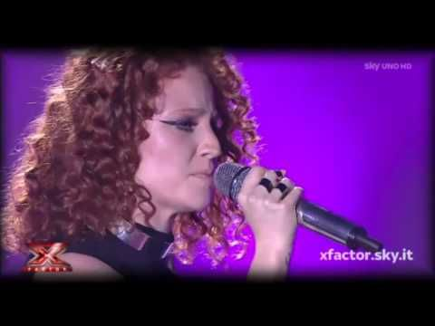 "Jess Glynne canta ""Take Me Home"" no ""X Factor"" italiano #Cantora, #Música, #NovaMúsica, #Programa, #Single http://popzone.tv/2015/11/jess-glynne-canta-take-me-home-no-x-factor-italiano.html"