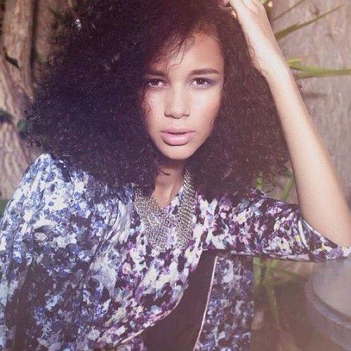 Photography: Marcie Cobbaert Model: Binx Leona Walton Stylist: Sarah Kinsumba Makeup and hair: Me #model #makeup #hair #nextmodels #photoshoot #photography #makeupartist #styling #losangeles #model