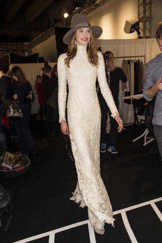 La doble vida de un vestido de novia. Si lo conservas, lo volverás a lucir en la calle. http://bit.ly/1VdwUw0