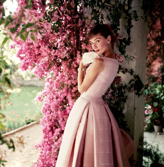 Audrey Hepburn in Givenchy by Norman Parkinson, 1955. | Rare Photos Of Audrey Hepburn Remind Us Why She's Still A Style Icon: