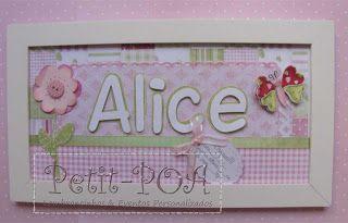 Plaquinha com tema jardim de borboletas para maternidade. Petit POA - Eventos & Lembrancinhas Personalizadas