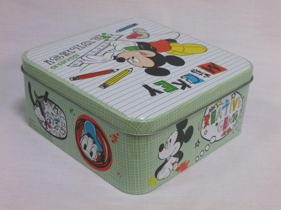 www.cornergp.com Regalos para bebés  Caja decorativa infantil de Mickey Mouse. El regalo ideal para los más pequeños.