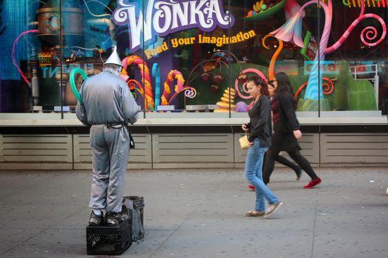 TÊNIS FURADO: Quadrinhos em New York