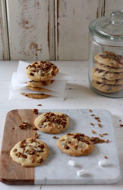 Marshmallow-Cookies mit karamellisierten Sonnenblumenkernen