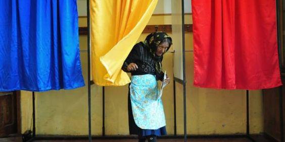Στις κάλπες οι Ρουμάνοι για τις βουλευτικές εκλογές